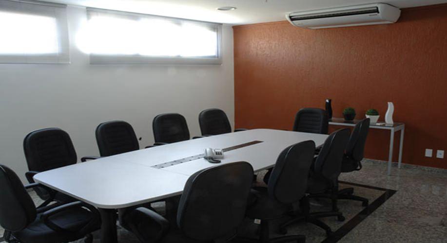 Sala de reunião - Centro Empresarial Pereira Barreto